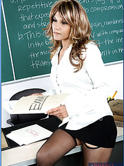 Mature teacher Anjanette Astoria has great experience in the fucking theme