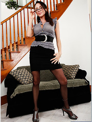 Office-style milf with huge breast Ariella Ferrera fucked in her trimmed pussy