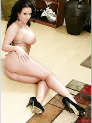Dangerous curvy lines by entrancing brunette Kerry Louise are always incredible