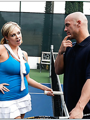 Tennis player Katie Kox has too big and beautiful boobs to remain unfucked today