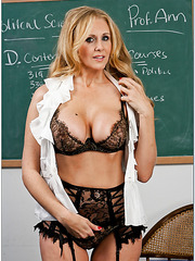 Sexy blonde babe Julia Ann shows her great body and fucks like a slut