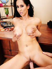 Busty brunette babe Isis Love gets a sperm on the sweet pussy