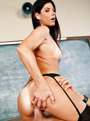 Sexy teacher India Summer just came from the vacation and fucks at the workplace