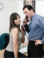 Dark-haired office worker Bobbi Starr presents great blowjob and gets facial