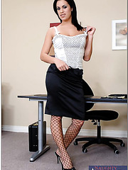 Arresting brunette Mia Bangg seduces office man with her gorgeous big boobs