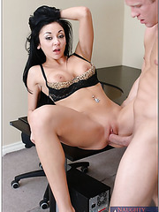 Bewitching brunette babe Audrey Bitoni sucks and fucks in her office room