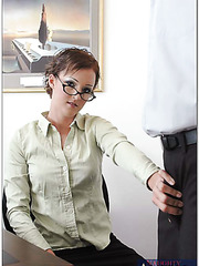 Hardcore office fuck for a sympathetic hottie in glasses Sara Faye
