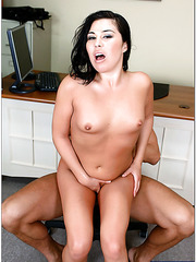 Office chick Ashley Blue achieves unforgettable orgasms with hot man