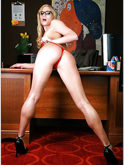 Long legged blonde milf Aurora Snow makes her colleague wild with her forms