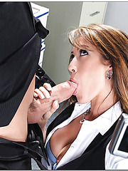 Boss lady with model-quality body Capri Cavanni meets fat cock and starts to suck it