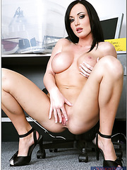 Curvy honey Melissa Lauren strips inimitably and presents unmatched fuck