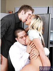 Sympathetic blonde Lilly Kingston proves that she is real hottie with two cocks