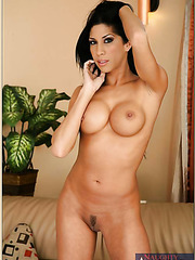 Juicy babe Kayla Carrera showing off her magnificent body and posing