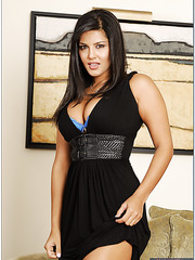 Two busty and delicious milfs Sunny Leone and Jesse Cappelli in the lesbian scene