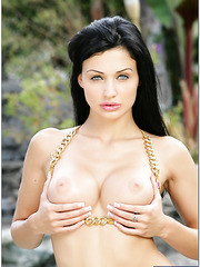 Babe with fantastic blue eyes and flawless big round boobs Aletta Ocean
