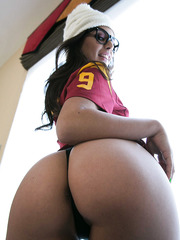 Sexy black haired sweetie Jynx Maze fucked after football match