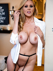Adorable flapper Julia Ann banging hard on the kitchen and getting pleased