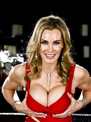 Raunchy Tanya Tate preparing for dinner and playing with shaved snatch
