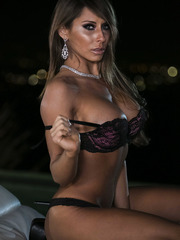 Dreamy lady Madison Ivy playing with tits and pussy somewhere outside
