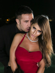 Good-looking flapper Madison Ivy enjoys banging with her friend on fresh air