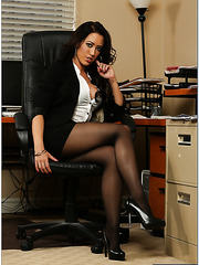 Dazzling Capri Cavanni pleasing her rude boss and making him fully satisfied