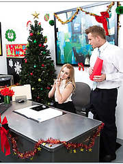 Sexy Lexi Belle celebrating holidays and making a first-class blowjob