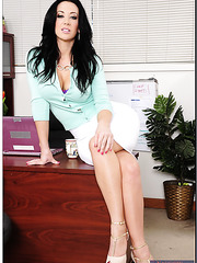 Marvelous lady Jayden Jaymes prefers posing in lingerie and working with sissy
