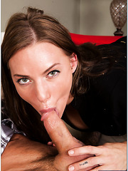 Juelz Ventura posing fully naked and sucking a big cock with pleasure