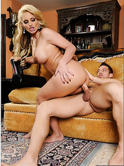 Spicy wife Phoenix Marie invited her neighbor and fucked him like a boy