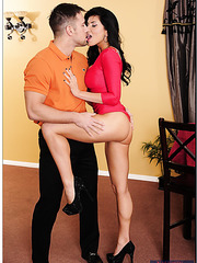 Winsome wife Romi Rain working only with big cocks and gets satisfied