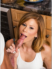 Appealing flapper Brooklyn Lee loves fucking with her boyfriend in kitchen