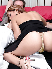 Fantastic milf Melissa Martin gets a special treatment from her sexy boyfriend