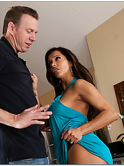 Cheeky milf Francesca Le loves posing on camera and swallowing big rods