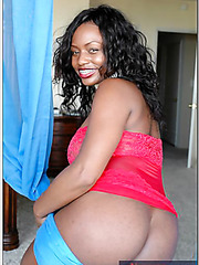Wild ebony Jada Fire making her friend satisfied by riding his wiener