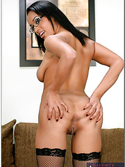 Arrogant cutie Aliana Love bought new lingerie and trying to please her friend