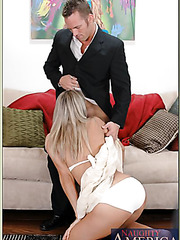 Spoiled blonde Vicky Vette likes posing fully naked and banging with strangers