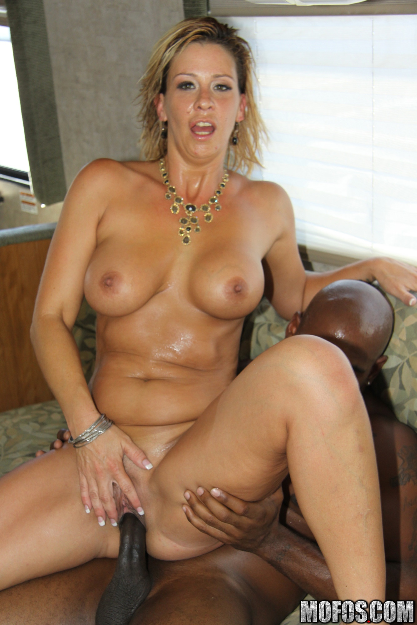Milf phyllisha anne ass to mouth