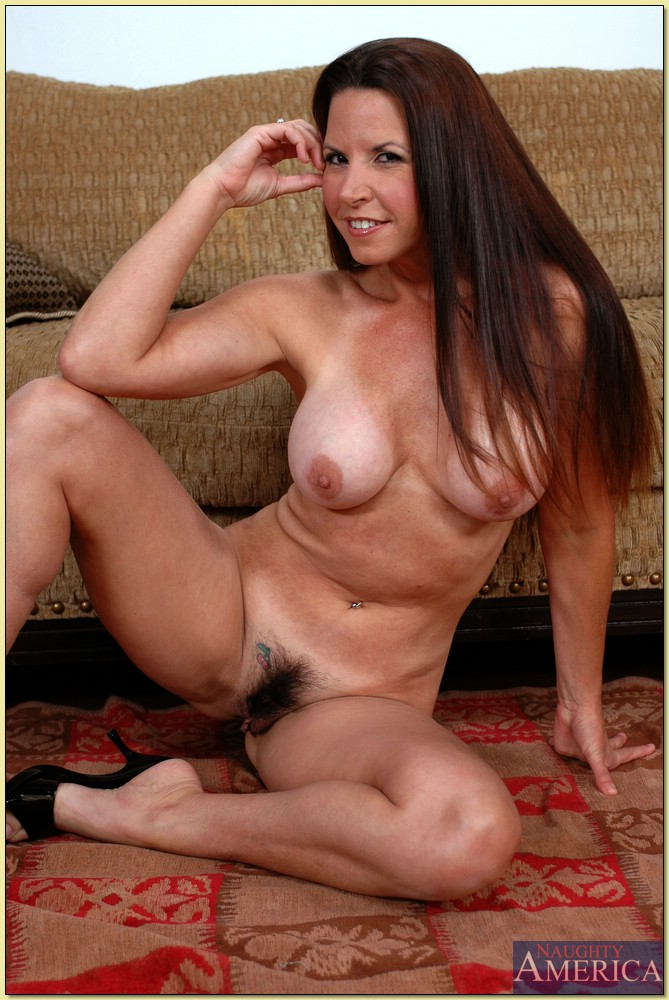 Apologise, naked american milfs om share