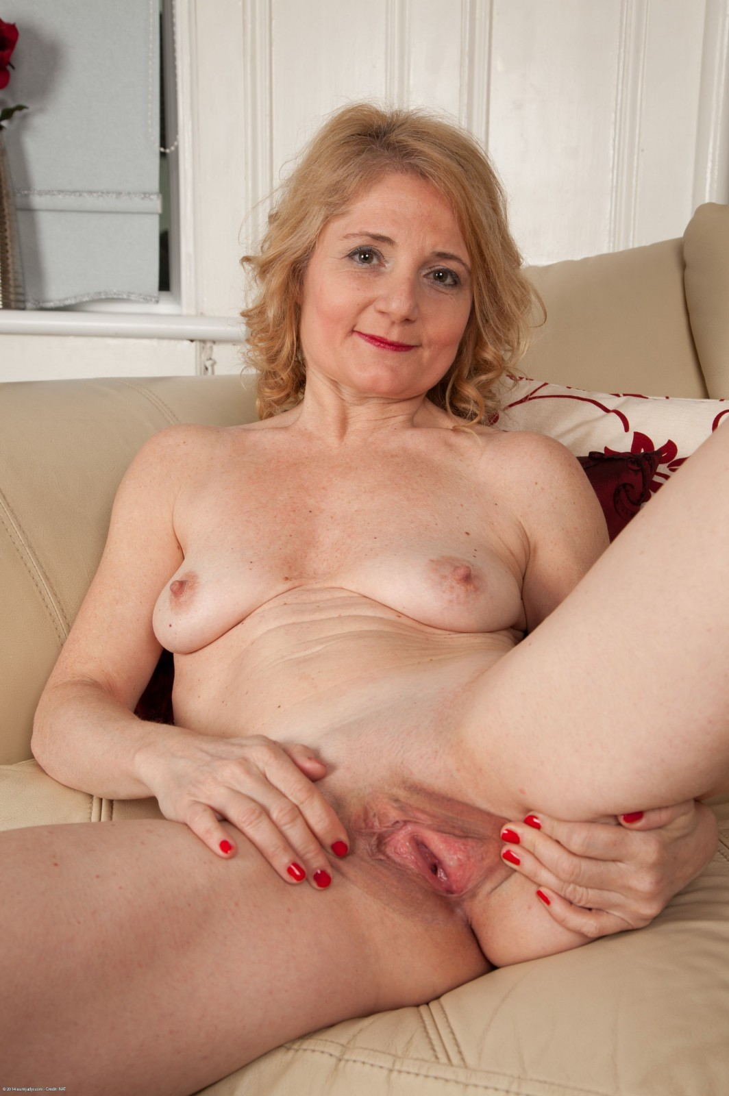 Mature and still sexy