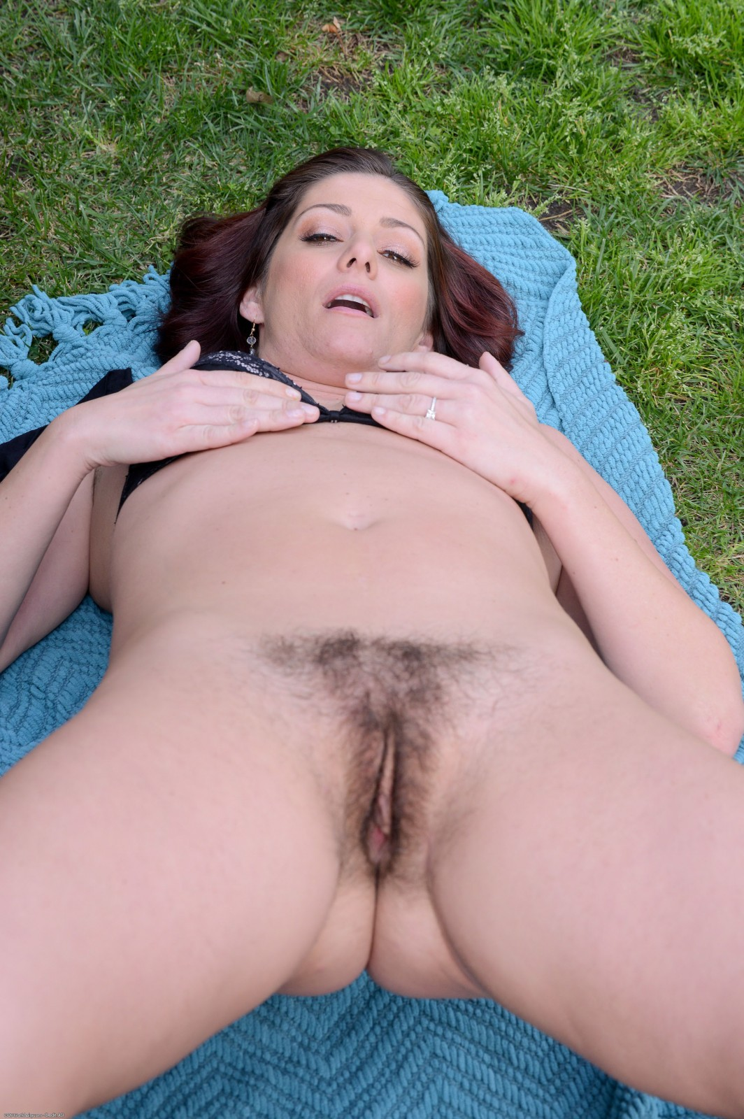 Hairy nude silver sex pictures