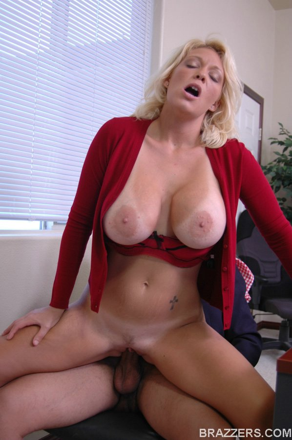 image Huge titty milf charlee chase and her sexy stockings