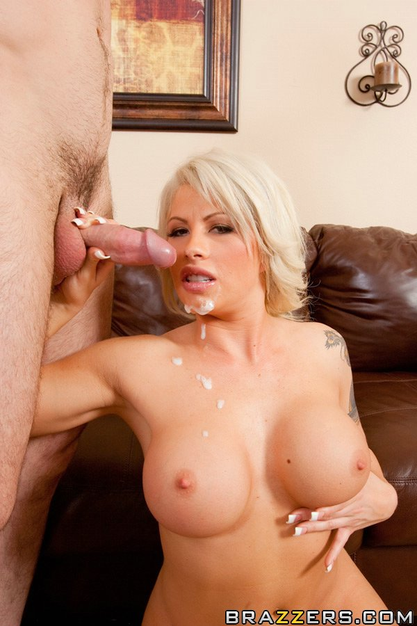 Tattooed: Camgirl Fucked In Mouth And Pussy