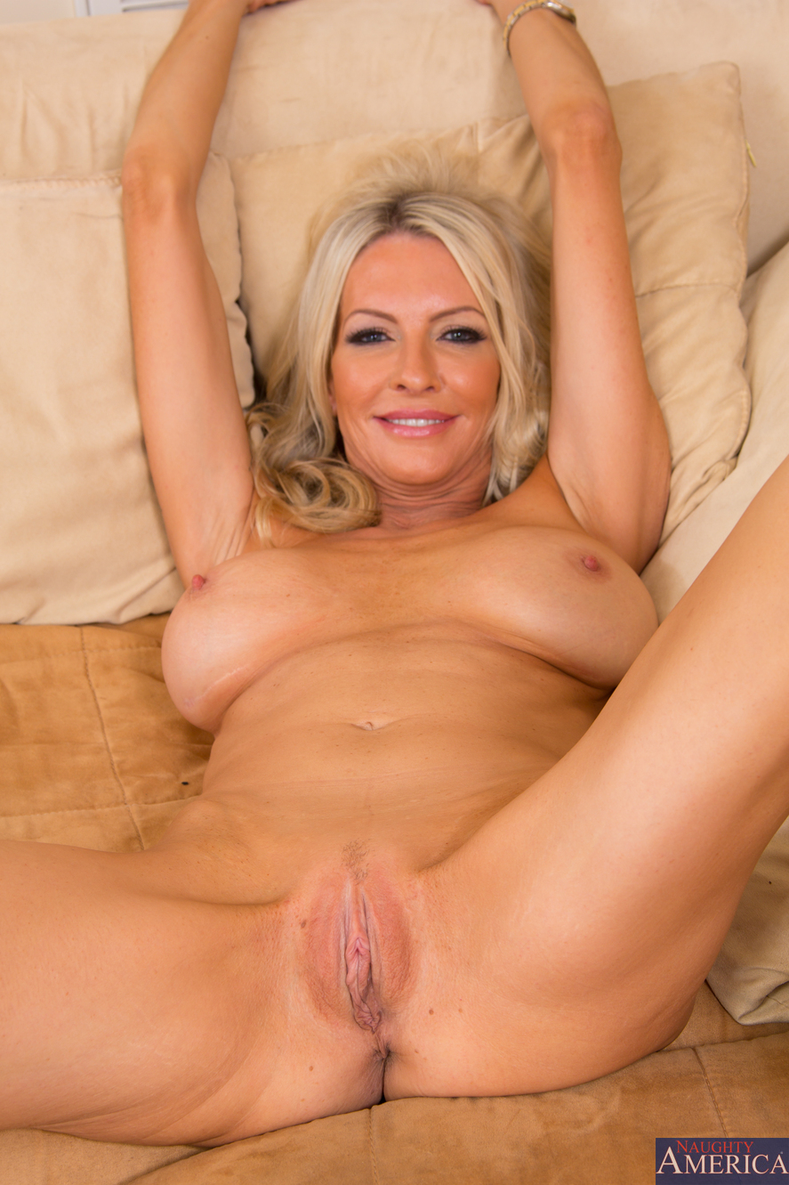 image Emma starr hot blonde milf with a tight little pussy