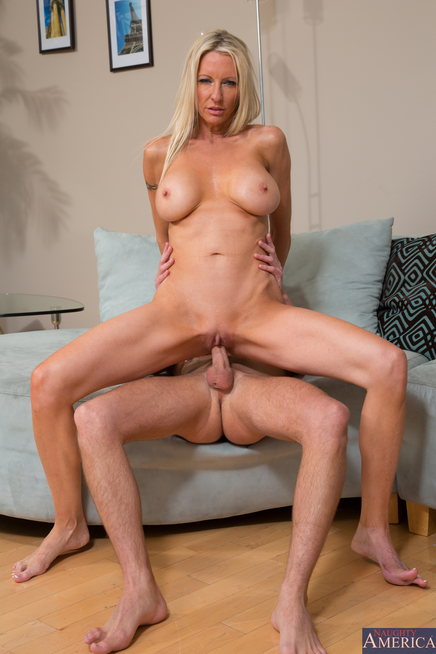 Alluring cougar doing what she does best 8 3