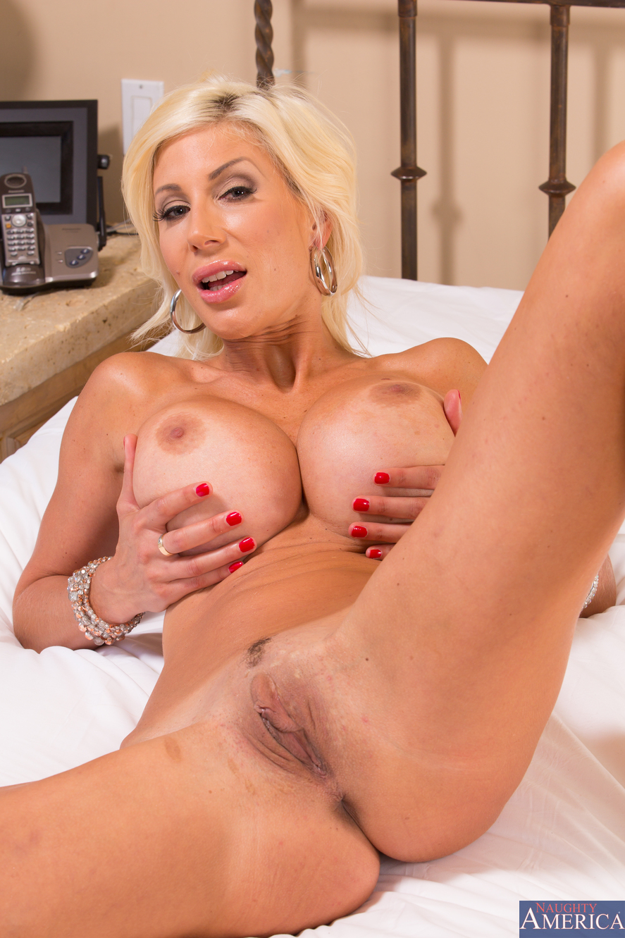 Blonde babe puma swede has 3way doctor sex with hot girls 4