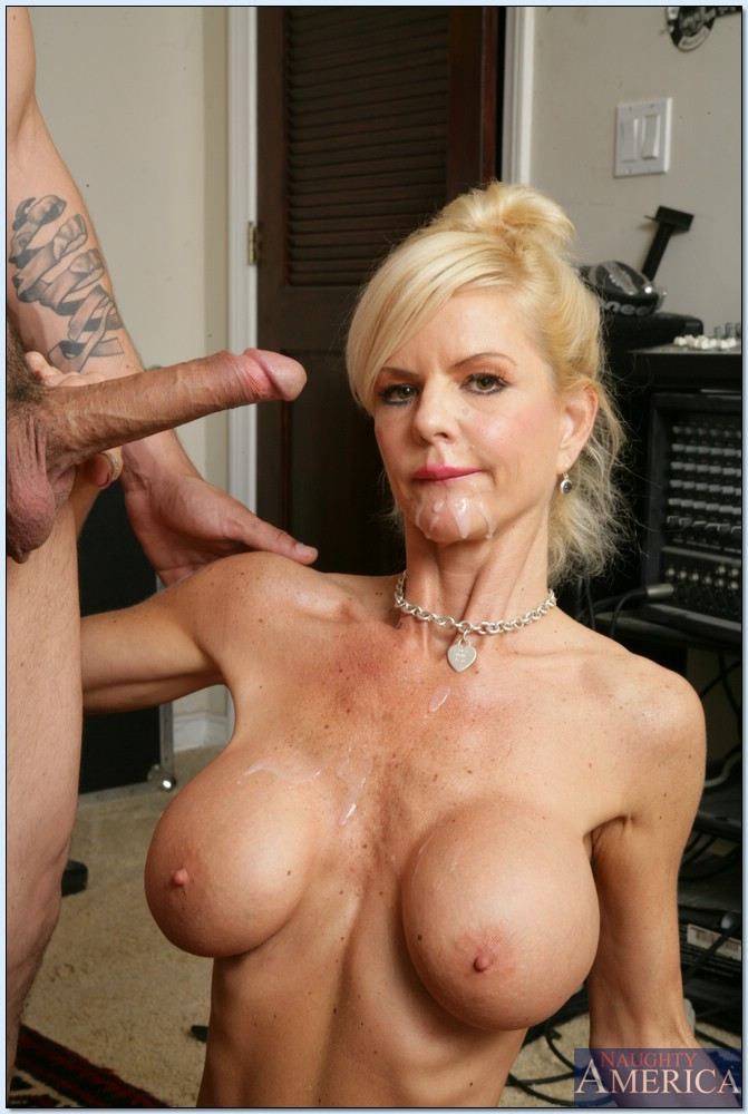 Would not milf arowyn naughty america mature apologise, but