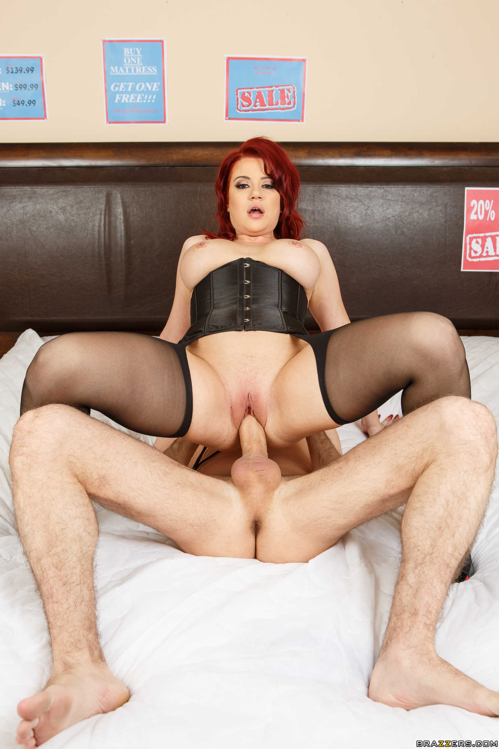 XXX Sex Photos Big tit ginger porn